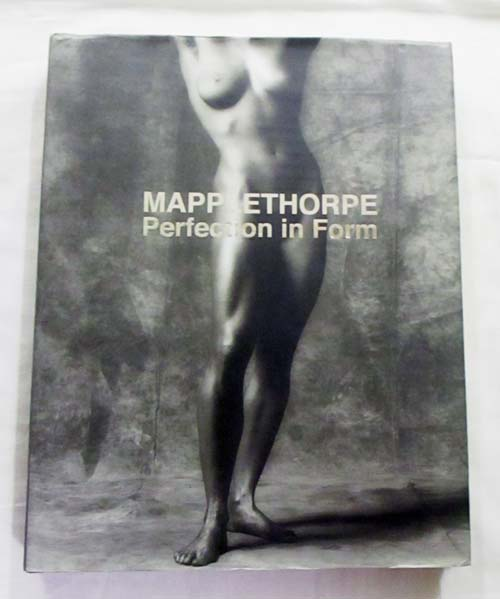 Image for Robert Mapplethorpe Perfection in Form La perfezione nella forma